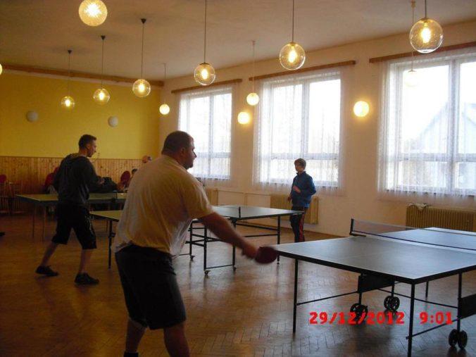 10 ročník ve stolním tenisu a šachy 003