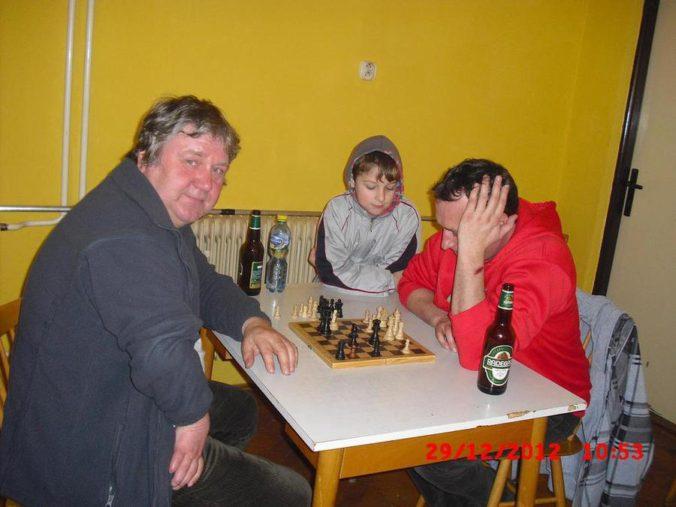 10 ročník ve stolním tenisu a šachy 0261