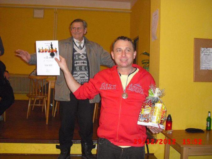 10 ročník ve stolním tenisu a šachy 047